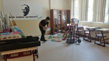 Akhisar Koleji Sıfır Atık Projesi 'ne Destek Veriyor
